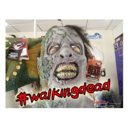 MASQUE WALKING DEAD