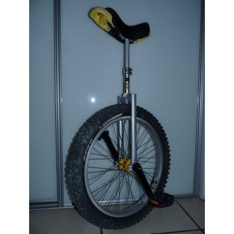 MONOCYCLE QU AX CROSS 24 P